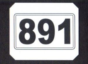 Kilometertavla visar antalet hela kilometer i banans kilometerräkning. Kilometertavla 891 står i Vindeln.